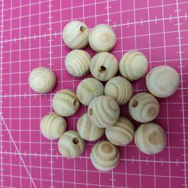 Bolas de madeira com furo 2 cm